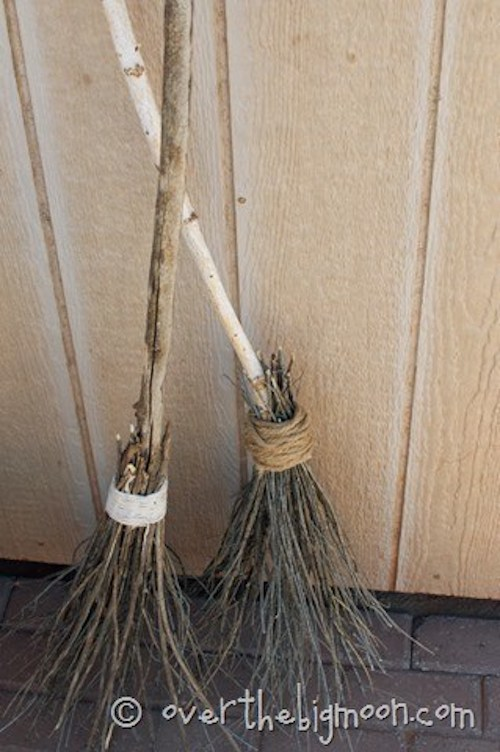 DIY Witches Broom Decoration outdoor