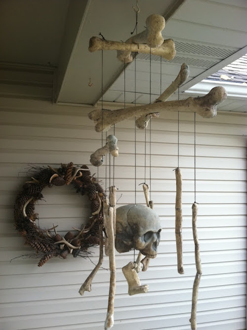 halloween decor mobile hanging bones DIY Halloween decoration outdoor